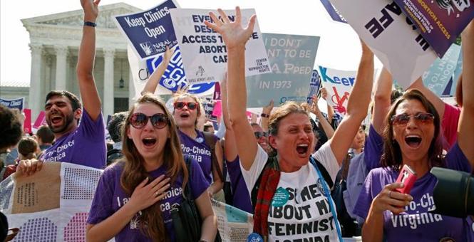 2016-06-27T144400Z_1_LYNXNPEC5Q14I_RTROPTP_3_USA-COURT-ABORTION