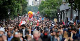 2016-06-28T140810Z_1_LYNXNPEC5R0SJ_RTROPTP_3_FRANCE-POLITICS-PROTESTS